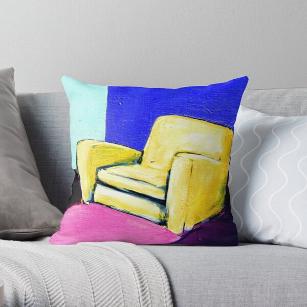 COMFY CHAIR Throw Pillow
