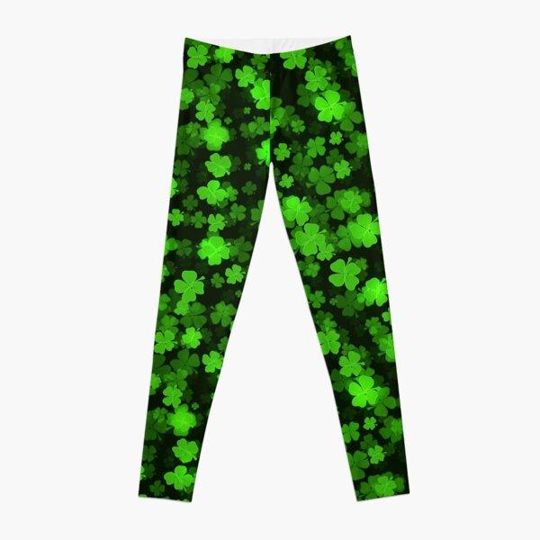 St Patricks day green background Leggings