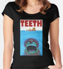 TEETH Women's Fitted Scoop T-Shirt