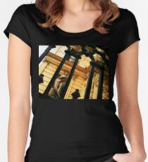 Muse Women's Fitted Scoop T-Shirt