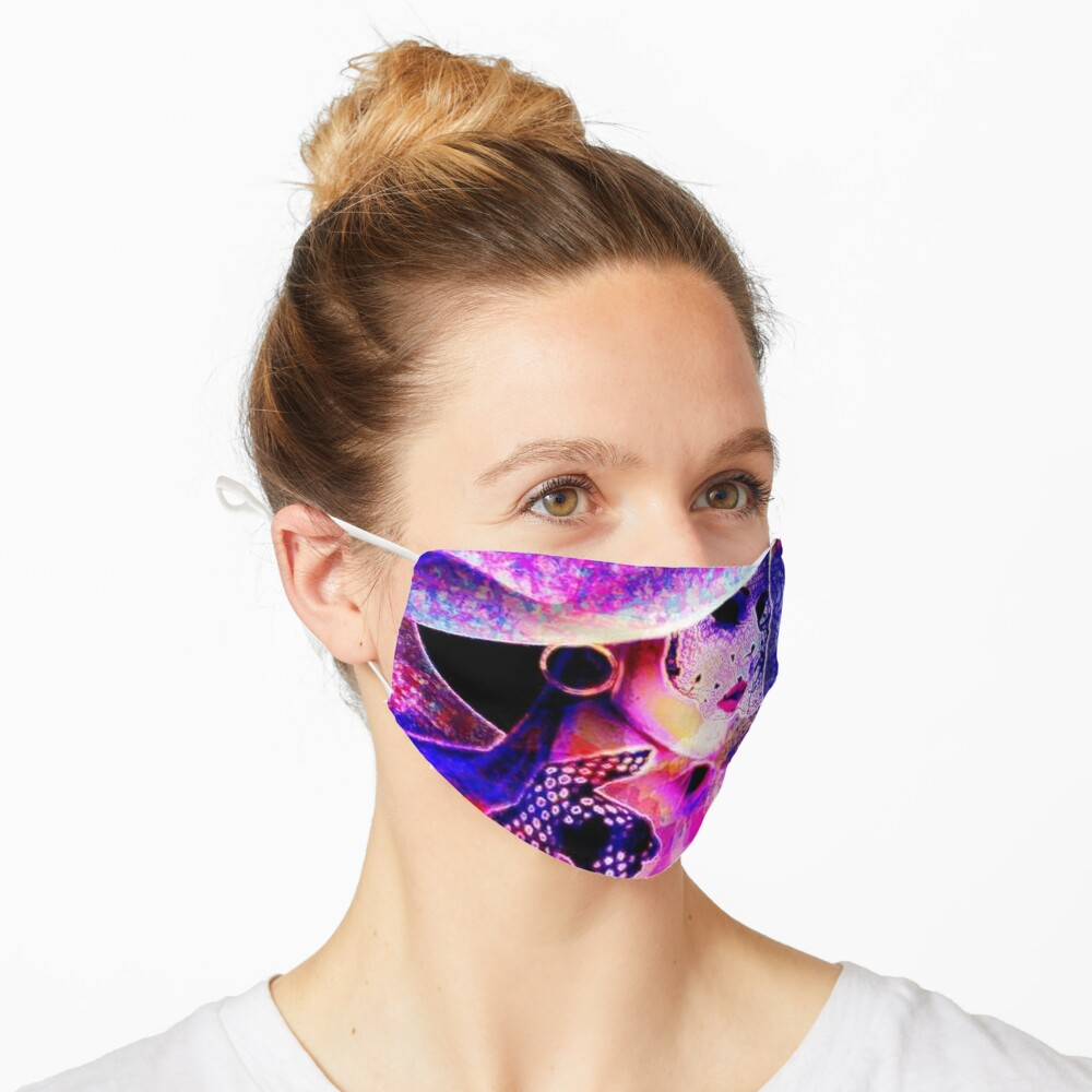 COLORFUL WOMAN IN SUNHAT Mask