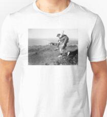 No greater hero Unisex T-Shirt