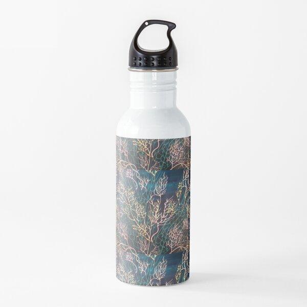 SEAFAN BREEZE naviaging swirling waves  Water Bottle