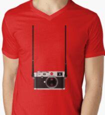 Leica M (240) Men's V-Neck T-Shirt