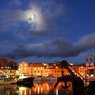 Hobart nights by Glen Johnson