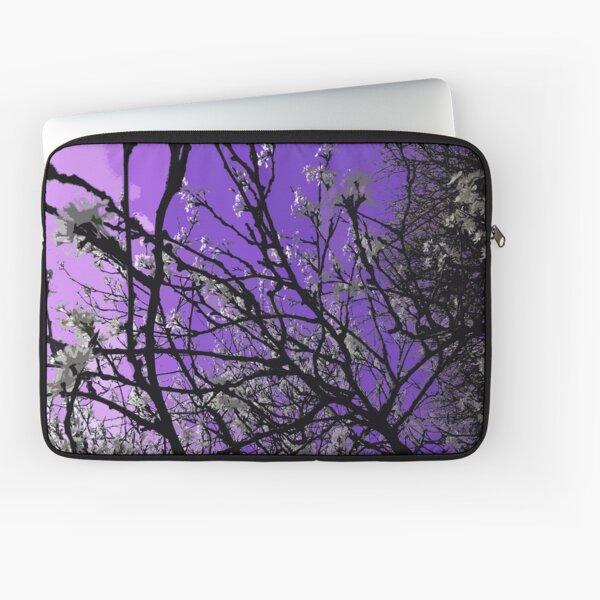 Daydreaming purple sky Laptop Sleeve