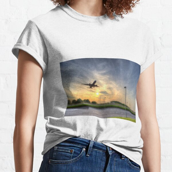The Sunset Airliner Classic T-Shirt