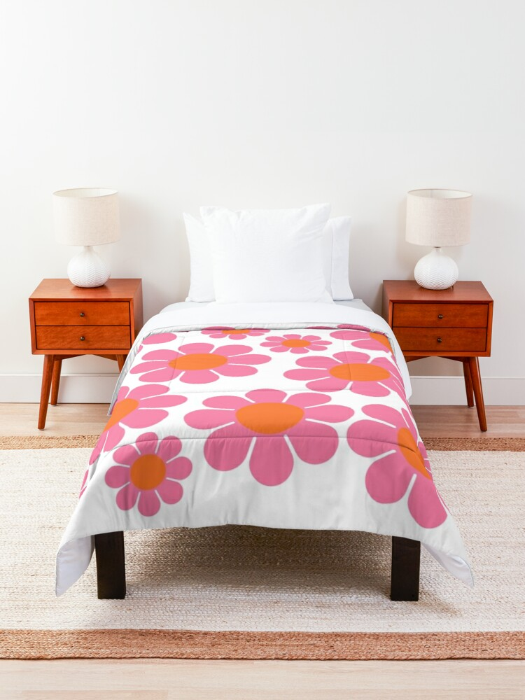 Alternate view of Koryn's Custom Flower Pattern 1 Comforter