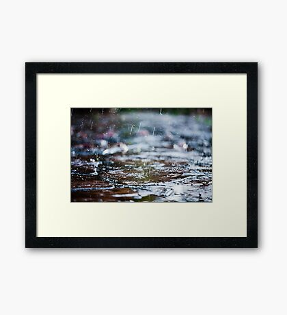 meet the rain Framed Print