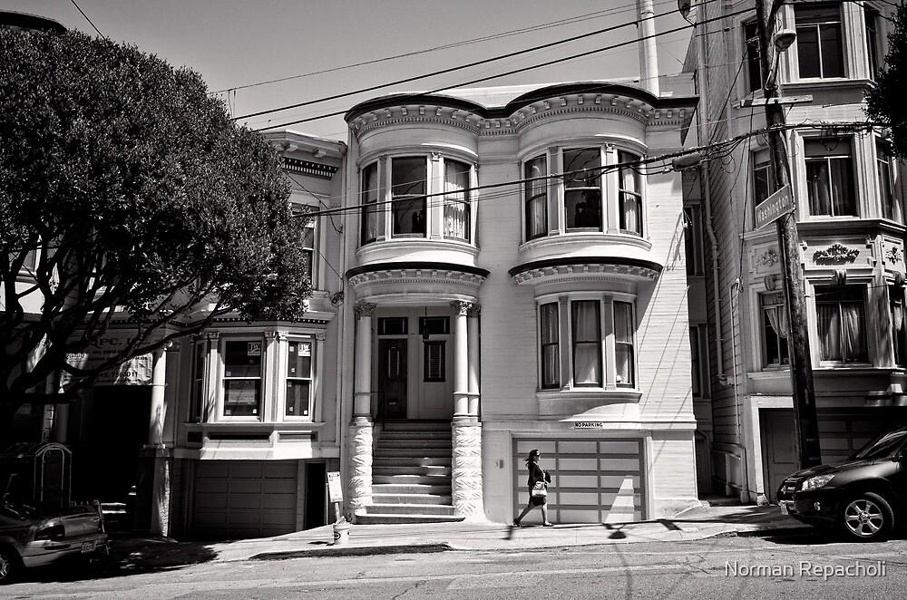 Walk on by - San Francisco - USA by Norman Repacholi