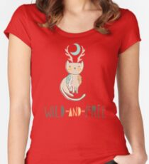 Wild and Free Women's Fitted Scoop T-Shirt