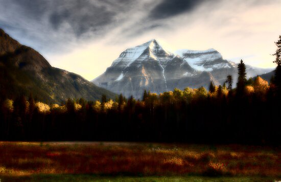 Mount Robson in autumn by pictureguy