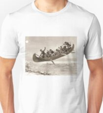La chase galerie by Henri Julien - Tshirt - The Bewitched Canoe - The Flying Canoe T-Shirt