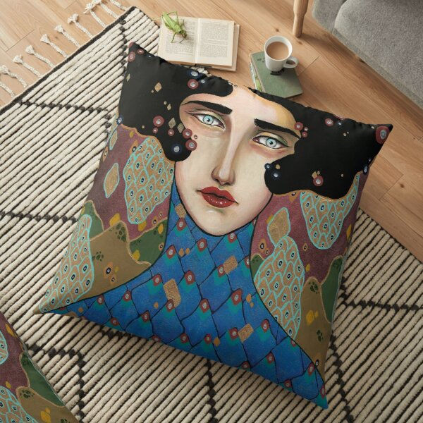 Judith Floor Pillow