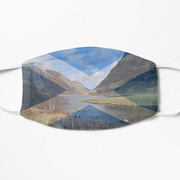 Caledonia Flat Mask