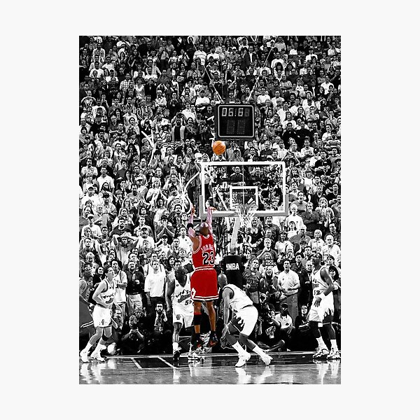 Meilleure qualité Michael Jordan Shot Over Russell Impression photo