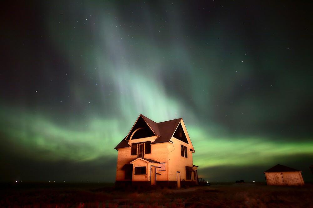 Northern Lights over Saskatchewan farmhouse by pictureguy