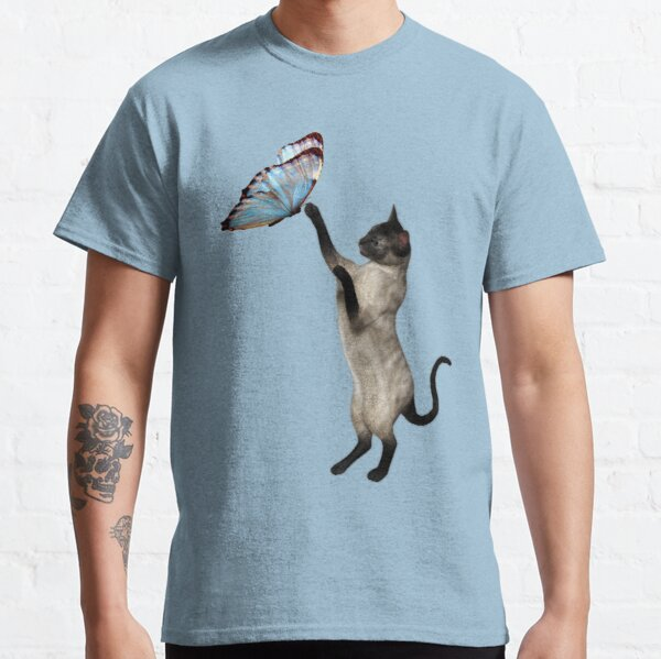 Siamese Cat And Butterfly  Classic T-Shirt