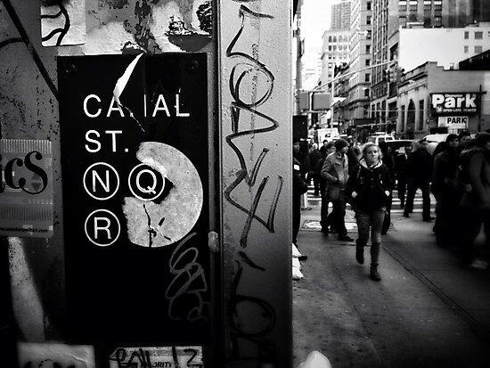 Canal Street, N.Y.C by Noemad