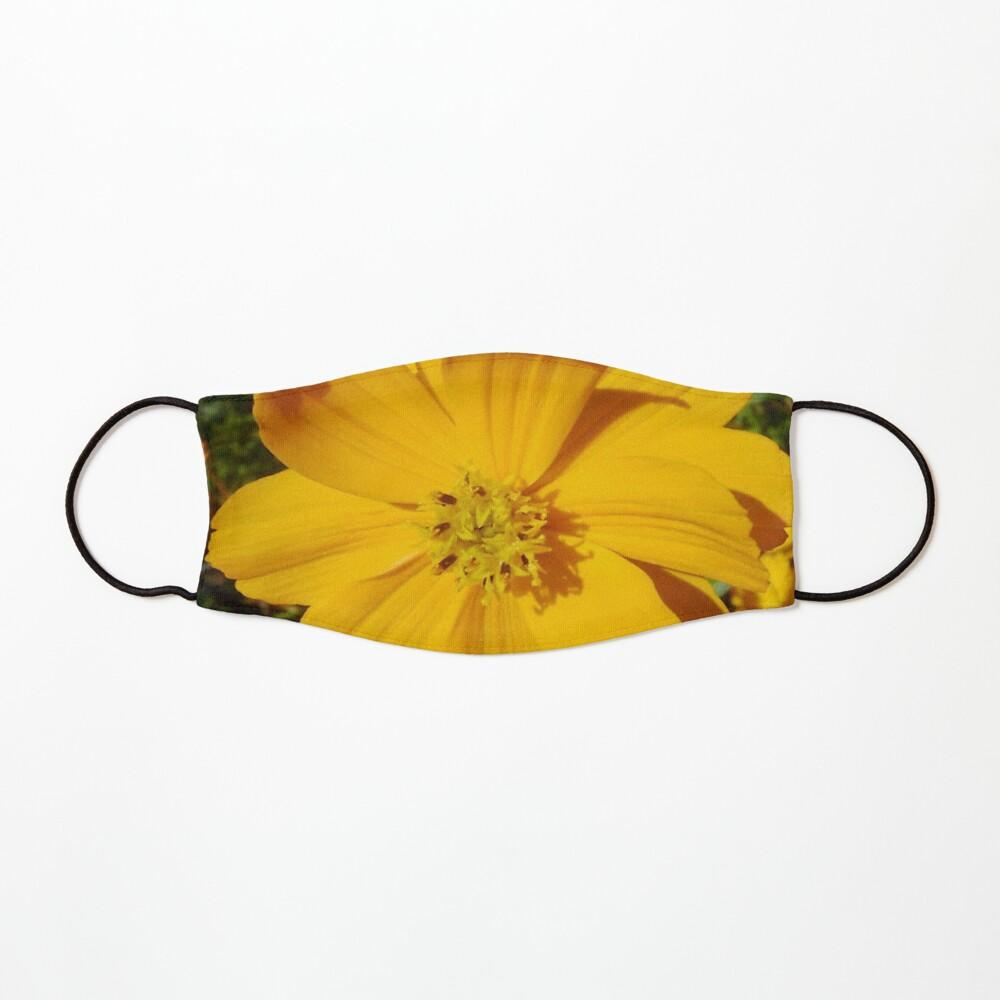 Unrestricted Flower Mask