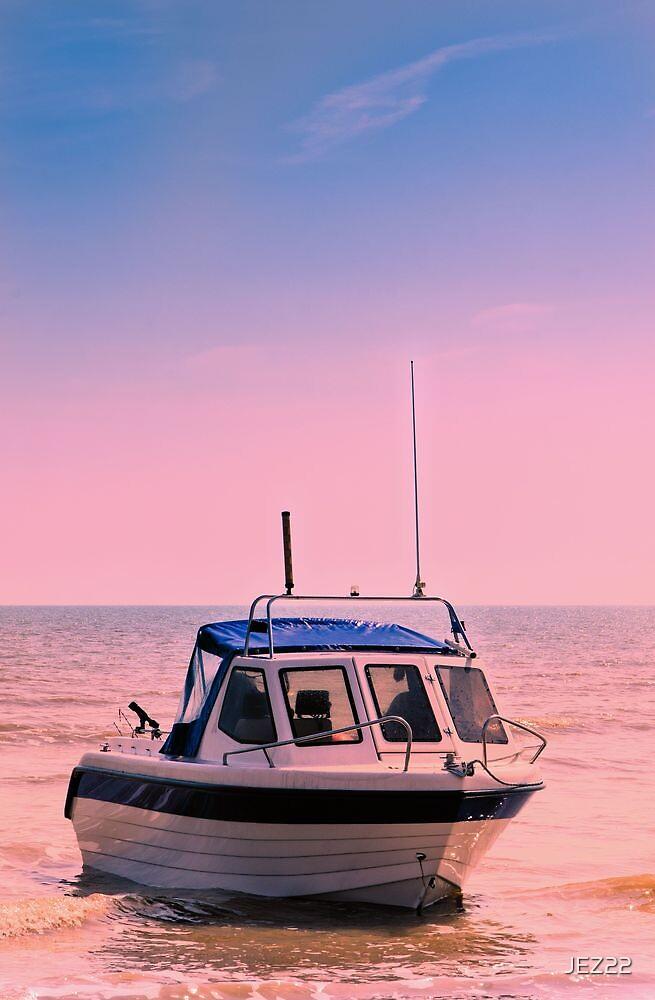 Leisure boat by JEZ22