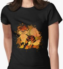 Arcanine - with background Women's Fitted T-Shirt