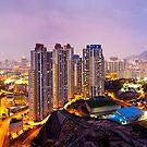 Hong Kong at night by kawing921