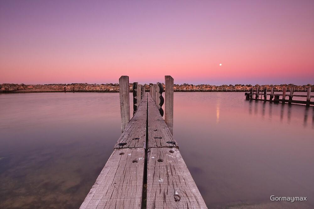 Moonset by Gormaymax
