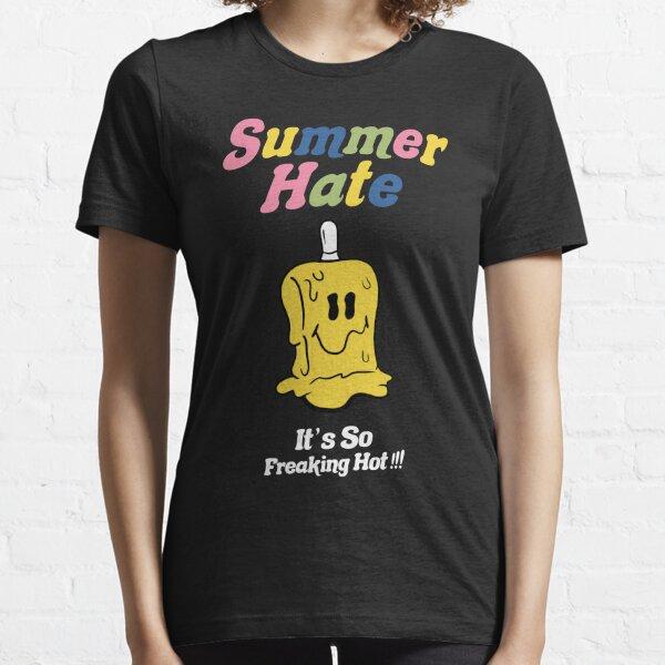 donc son officieux et pas exactement le même T-shirt essentiel