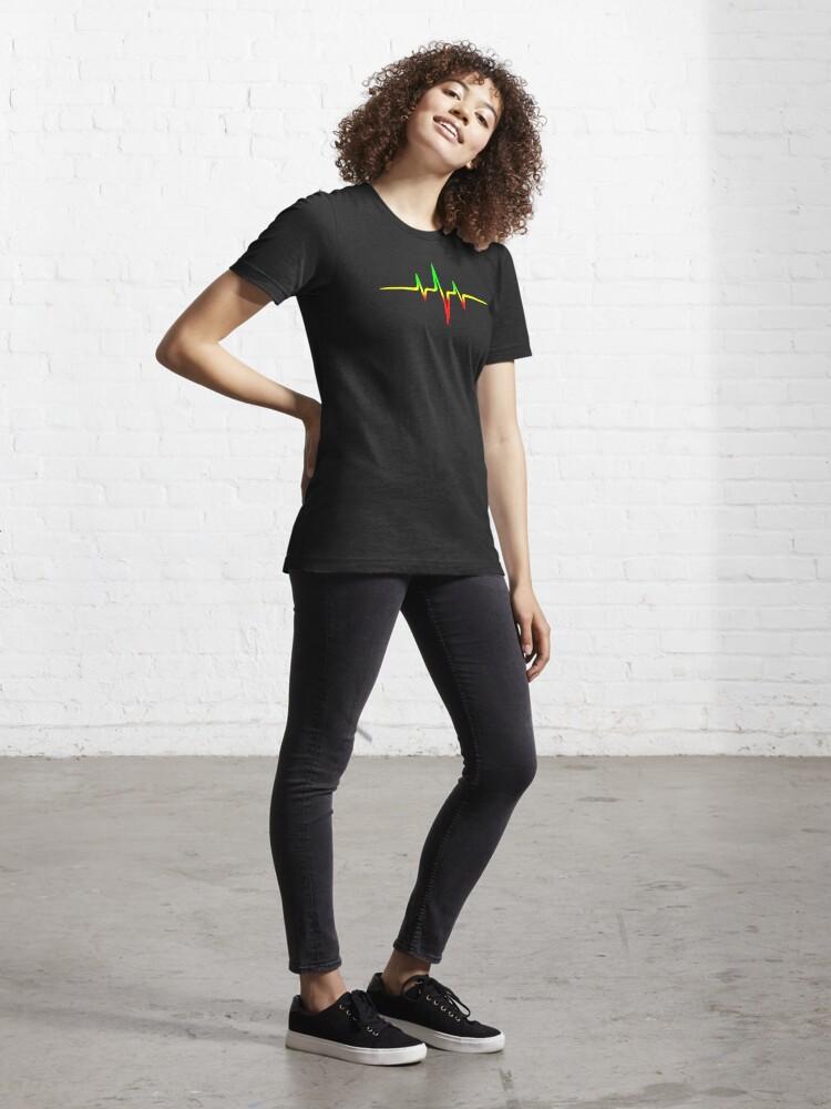 Alternative Ansicht von Musik Puls Reggae Heartbeat Rastafari Jah Jamaika Rasta Essential T-Shirt