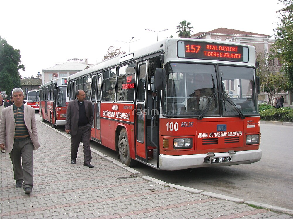 The bus in Adana by rasim1
