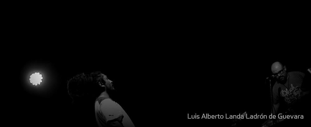 Voice and fingers. by Luis Alberto Landa Ladron de Guevara