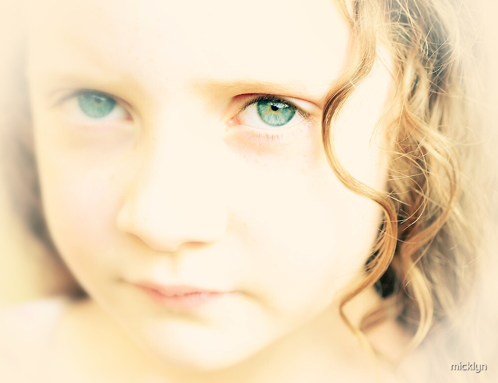 Experimental Portrait of Mila by micklyn