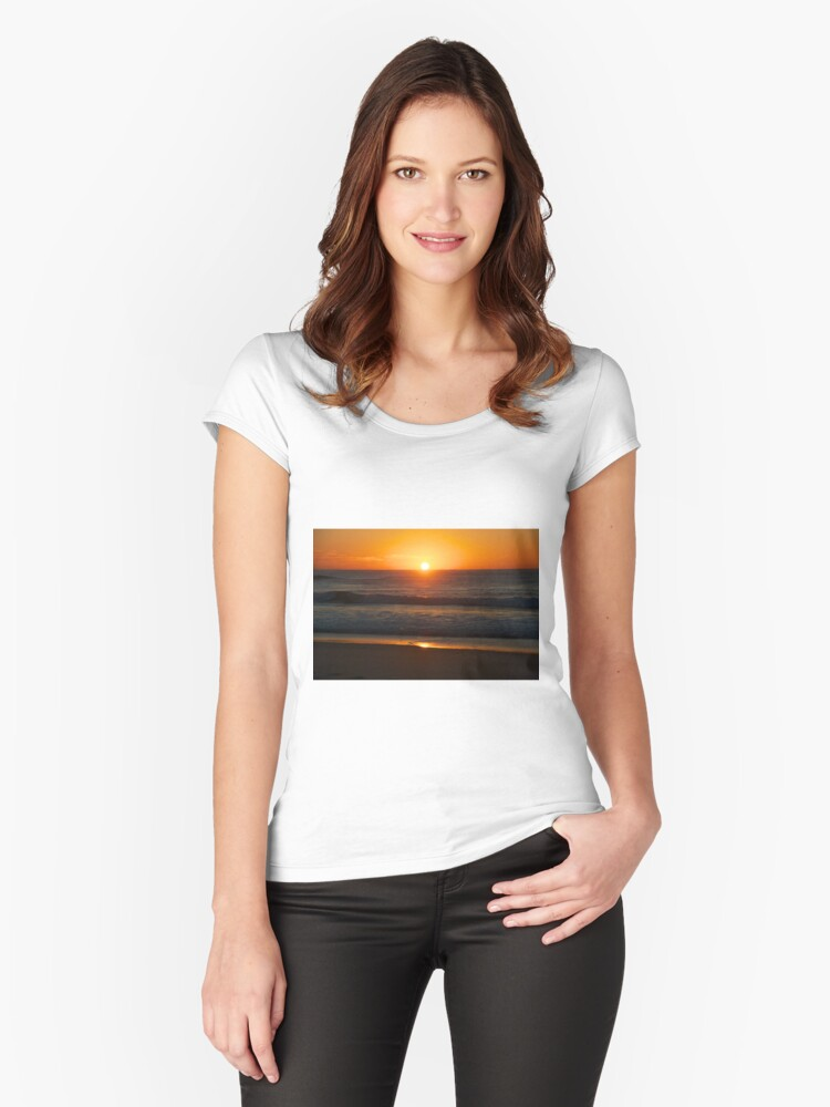 Sunrise on Sunshine Beach Women's Fitted Scoop T-Shirt Front