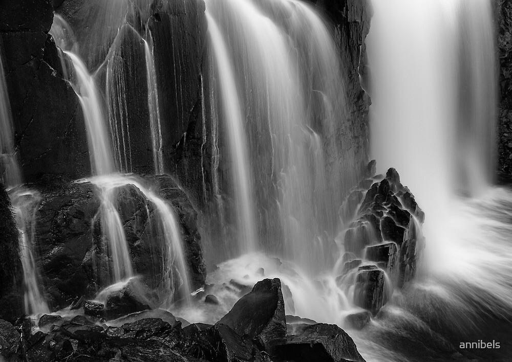 Mackenzie Falls, Grampians. by annibels
