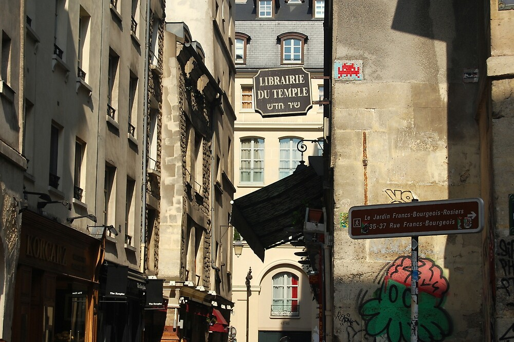 Rue des Rosiers by lauracronin