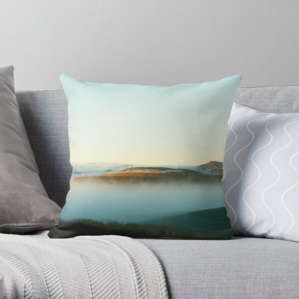 The road to Oatlands Throw Pillow