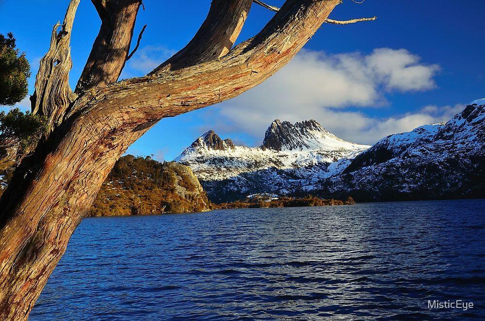 Dove Lake  Cradle Mt. Tasmania by MisticEye