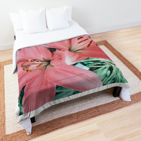 Pretty Flowers Comforter