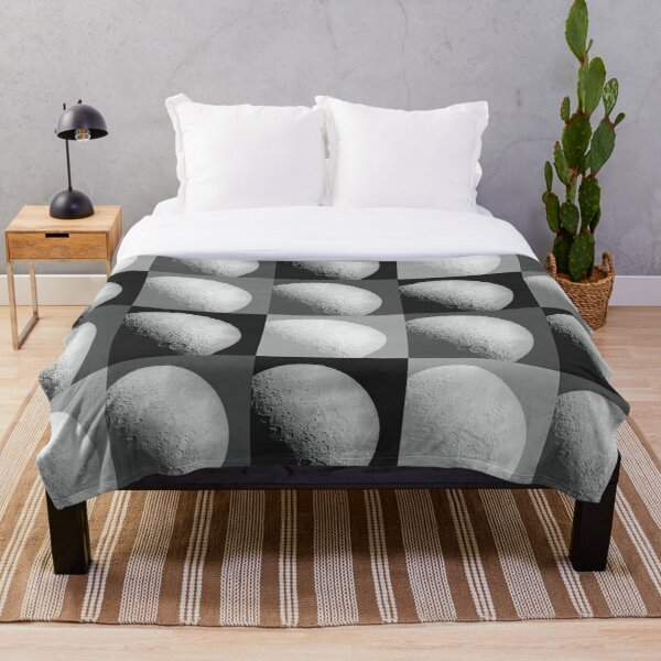 Black and White Moon Pattern Grid Throw Blanket