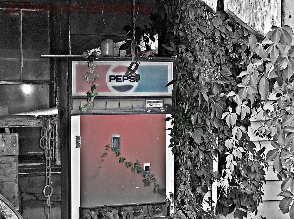 Pepsi Loving Vines by Paul Lubaczewski