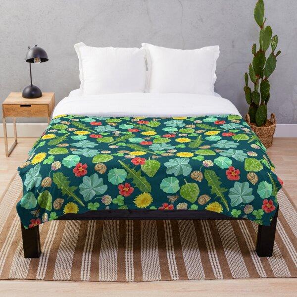 Summer Meadow Pattern Throw Blanket