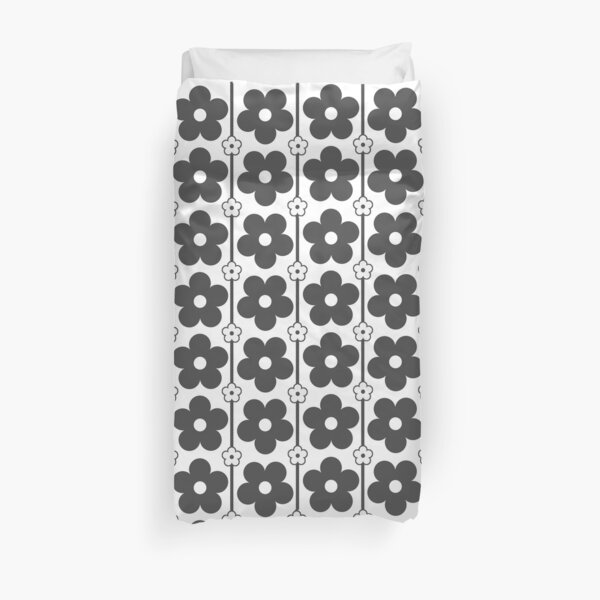 DAZED | BLACK FLOWERS Duvet Cover