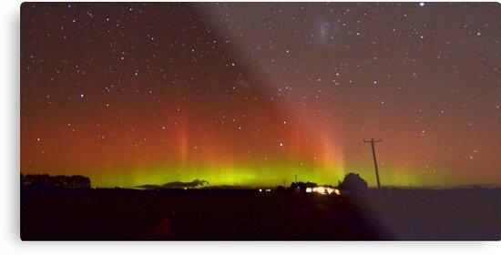 Aurora Australis by Brett Chatwin (Chatta)