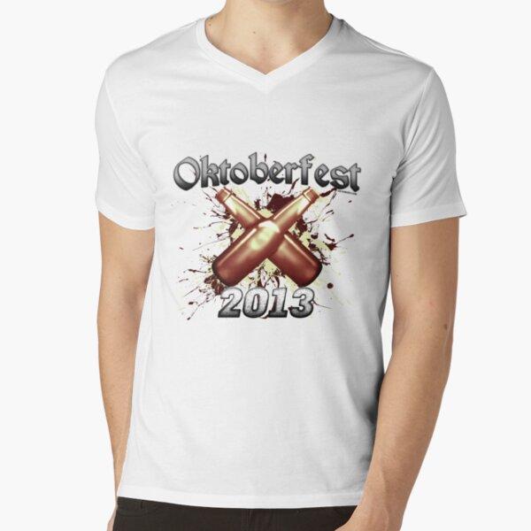 Oktoberfest Beer Bottles 2013 V-Neck T-Shirt