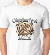 Oktoberfest Pretzel 2013 Slim Fit T-Shirt
