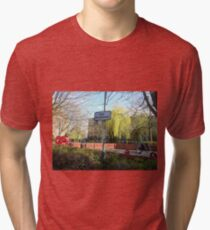 Camiseta de tejido mixto Fun Prohibited