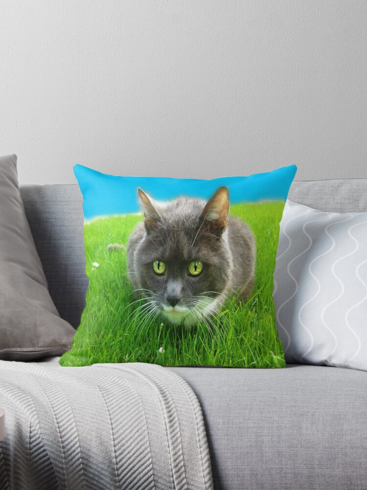 As green as grass by Yool