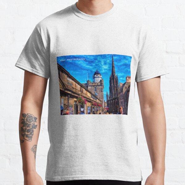 Royal Mile Edinburgh Classic T-Shirt