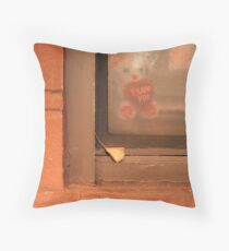 New York 9155 Throw Pillow